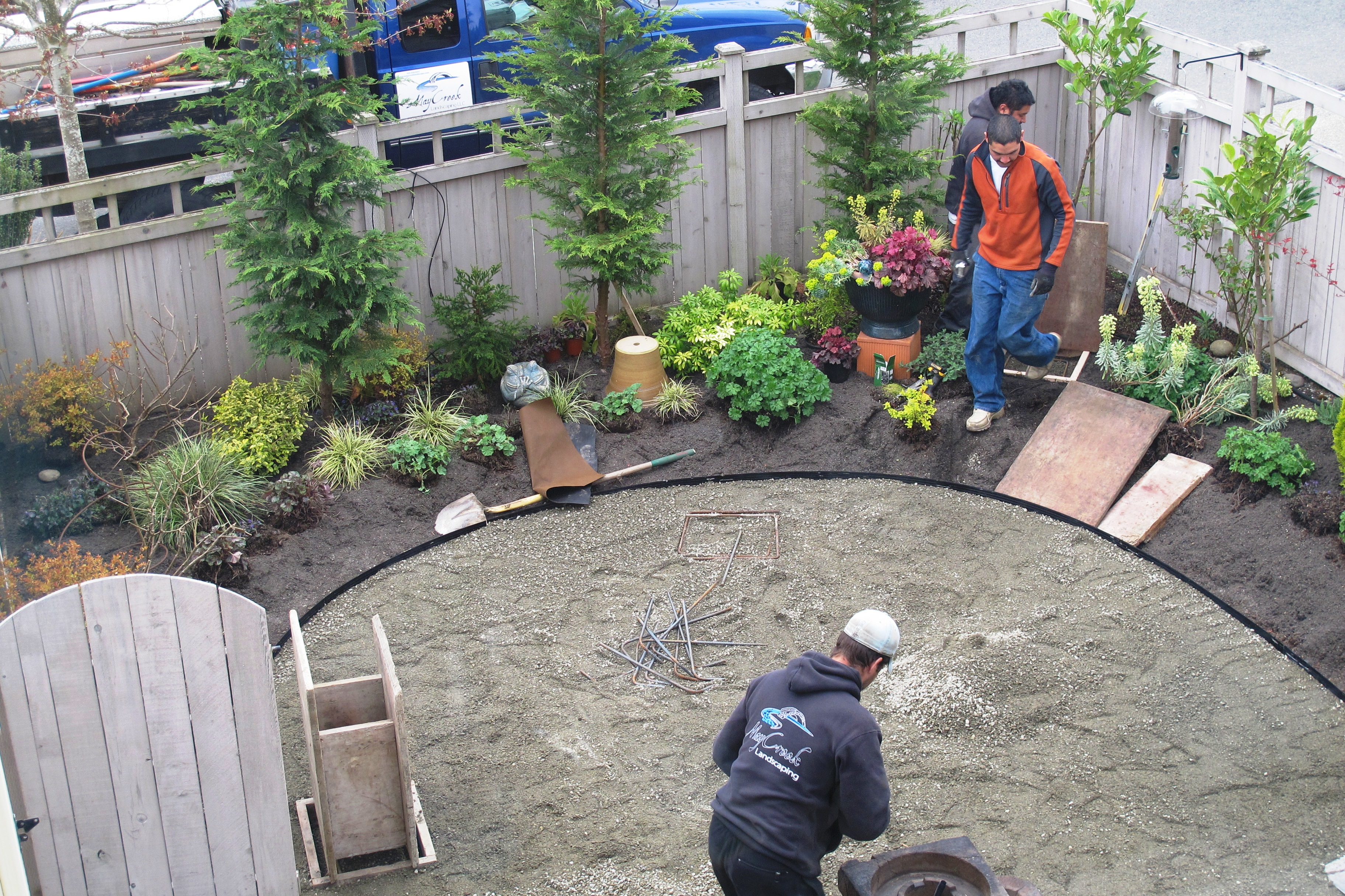 Garden Designers Roundtable: Designers Home Landscapes ... on Small Backyard Renovations id=93813