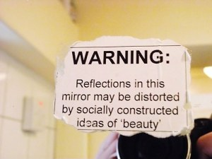 funny-sign-mirror-reflection-beauty