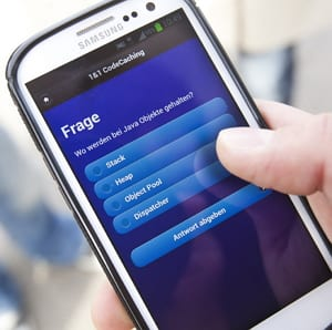 1&1 Codecaching - Schnitzeljagd mit Smartphone-App - Bildquelle: 1&1/Young Targets