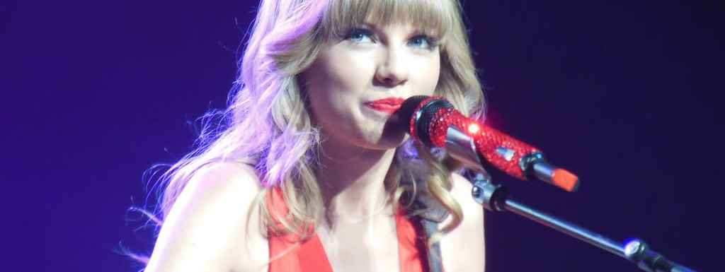 6 Reasons Financial Advisors Are Scarier Than Dating Taylor Swift