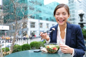 girl_eating_salad_220432426