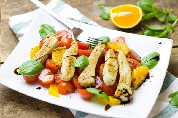Bloemkoolrijst salade met kip en meloen