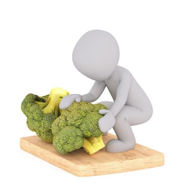 Broccoli-sperziebonen salade met feta