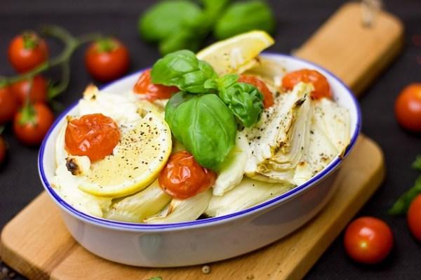 Stoofpotje met kabeljauw, venkel en tomaat
