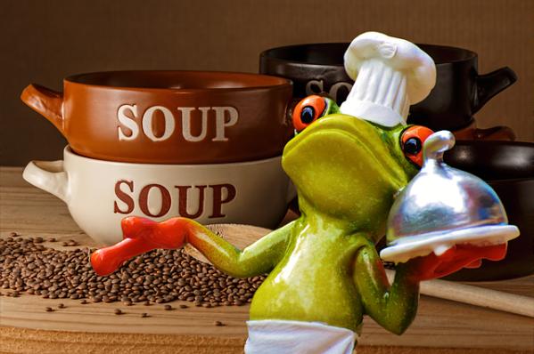 Raapstelen-tuinbonen soep met tofu