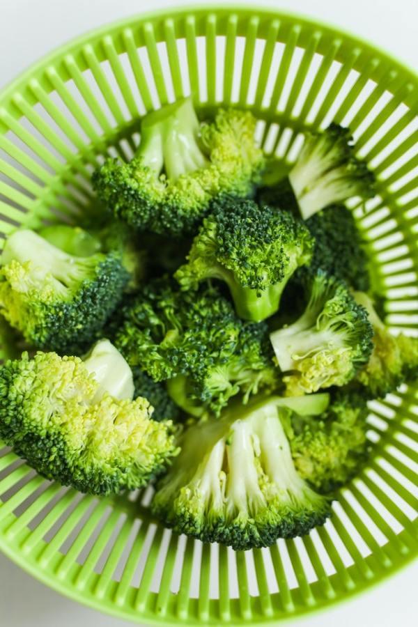 Ovenschotel met broccoli en spitskool