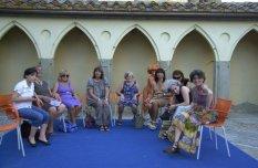 con le persone libro di Arezzo (notte rosa)