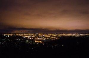 Vue de nuit sur la vallée du Doubs
