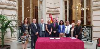 Firma de un acuerdo entre España y Australia