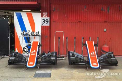F1 Manor Racing Launch 2016 pit area