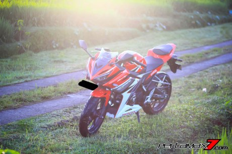 All New Honda CBR150R 2016 Warna Merah Racing Red 5 Pertamax7.com