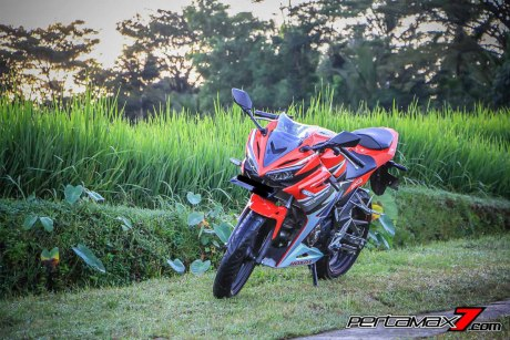 All New Honda CBR150R 2016 Warna Merah Racing Red 68 Pertamax7.com