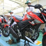 All New New-Honda CB150R StreetFire Special Edition Honda Racing Red pertamax7.com 1