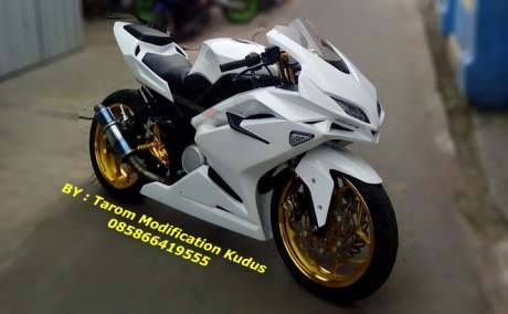Modifikasi Yamaha New Vixion Lightning Ala Honda CBR250RR by Tarom Modification Kudus 7 Pertamax7.com