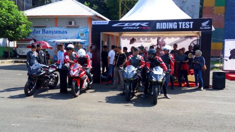 Honda CBR250RR Weekday Demoday Banyumas