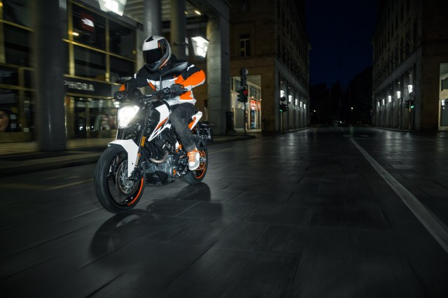 Testride New KTM DUKE 250