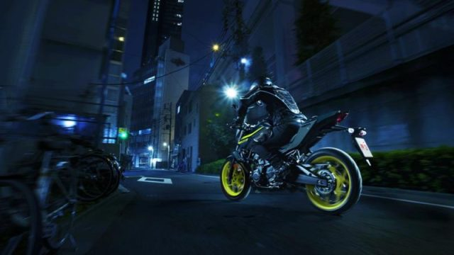 Testride Yamaha MT-03 Warna Hijau Stabilo Night Fluo MY 2018 UK 3