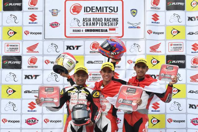 Honda CBR250RR Sapu bersih Podium Asia Production 250 ARRC 2017