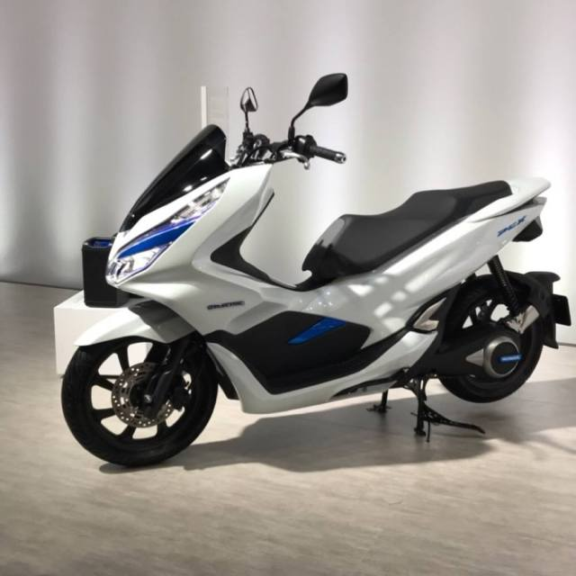 Honda PCX Electric YM