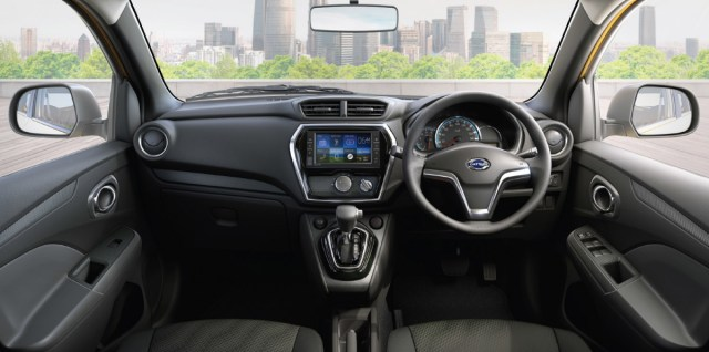 Interior Datsun CROSS Indonesia