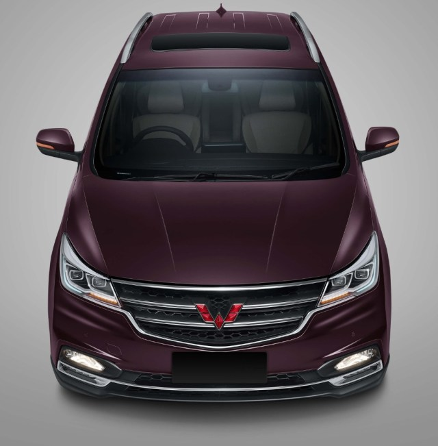 Sunroof Wuling Cortez Indonesia p7