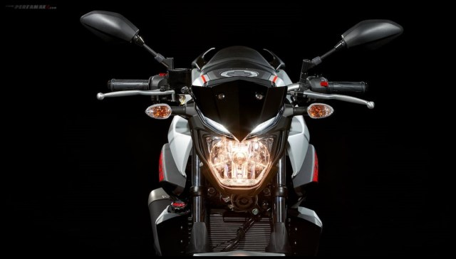 Lampu depan ON Yamaha MT03 MY2019 Eropa 017 P7