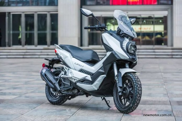 LIFAN LF150T ADV SCOOTER Depan Kanan USD ABS Water COoled