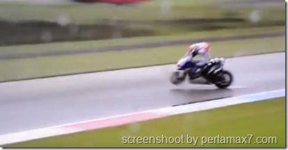 jorge lorenzo crash 9