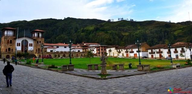 plaza-mayor-de-chacas