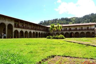 Hermosa Arquitectura de Pomallucay