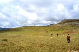 En la cima, a pocos minutos de llegar a Inka Ragá