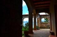 Pasadizo en el interior del convento.
