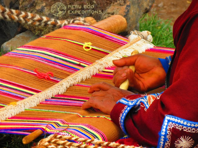 Raqch'i Weaver - Peru Eco Expeditions