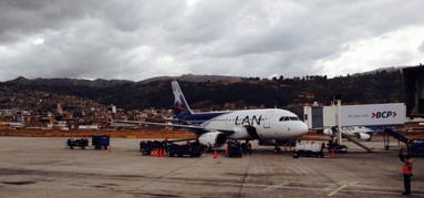 El avión (Cusco)
