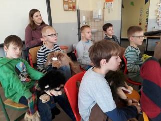 Zuschauer beim Handpuppen Workshop