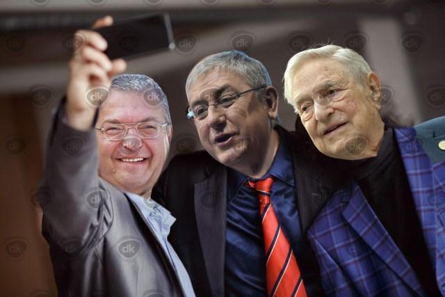 Gyurcsany Simicska Soros Selfie