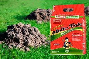 Natural mole & vole repellent
