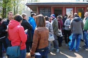 Imbiss-am-Rosengarten-Eroeffnung-Mai-2016-pestopeter_2584