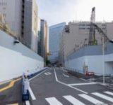 大阪・梅田 道路をまたぐ建物