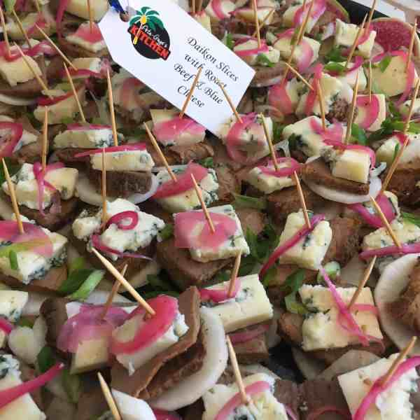 Daikon Slices with Roast Beef, Blue Cheese& Pickled Red Onions
