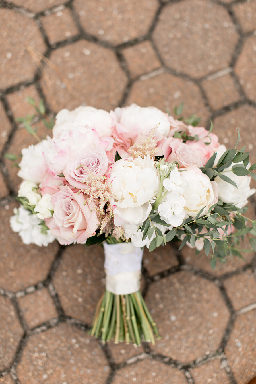 light blush peony wedding bouquet