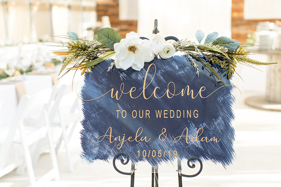 DIY modern wedding welcome sign