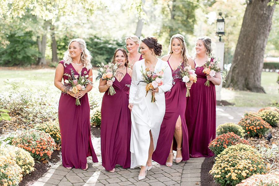 bride and her wedding party at olde mill inn