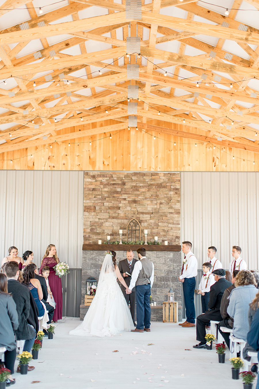 outdoor wedding ceremony at Turkey Trac Farms