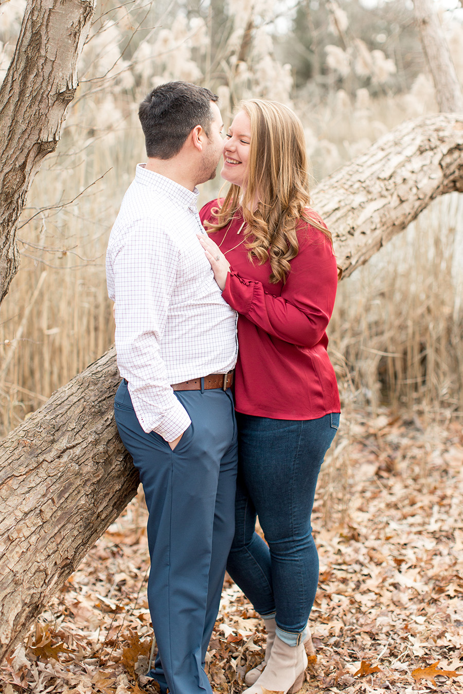 engagement pictures by the lake at parvin state park