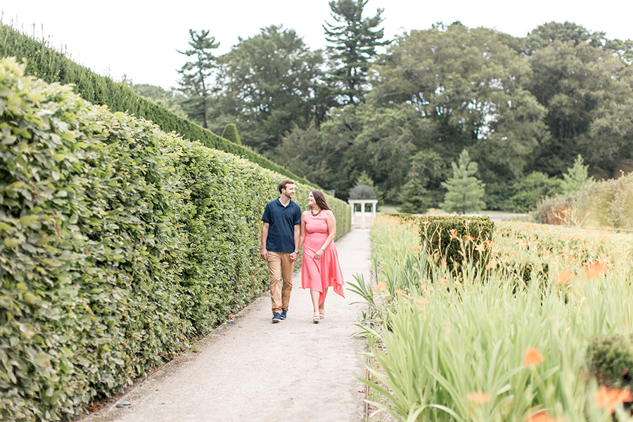summer engagement session at longwood gardens