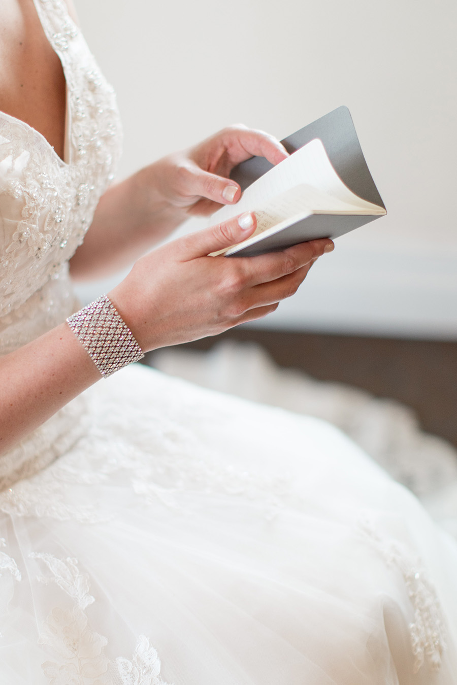 wedding day letter reading