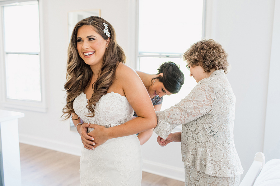 bride getting ready before the wedding at Kent Manor Inn