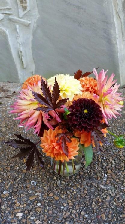 bouquet fresh small mason jar