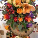 0959cf5cb86aa12089316a8e68db8df9--wedding-table-centres-wedding-tables